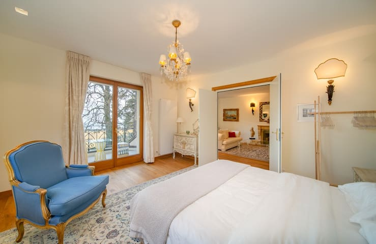Panoramic View 10Km2 Luxury Domaine in Montreux
