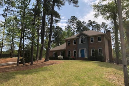 Beautiful house in Baker Woods with heated pool