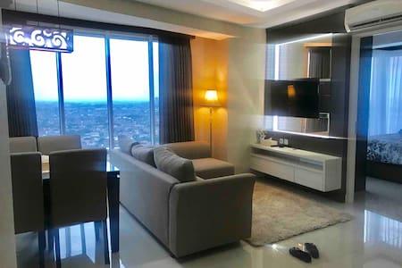 Lux & Cozy Apartemen Grand Kamala Lagoon