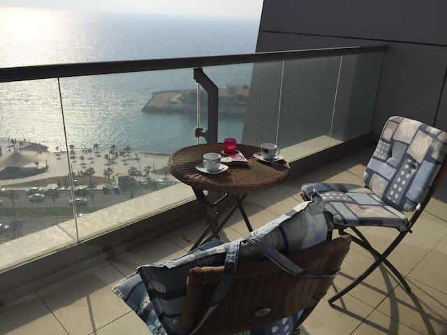 Luxury Corniche Apartment شقة فاخرة كورنيش جدة