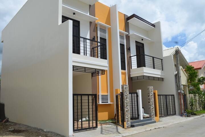 3-BR Townhouse Lima Technology Center Lipa Malvar