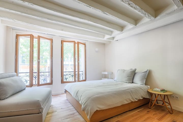 Comfortable studio in the 5th arrondissement