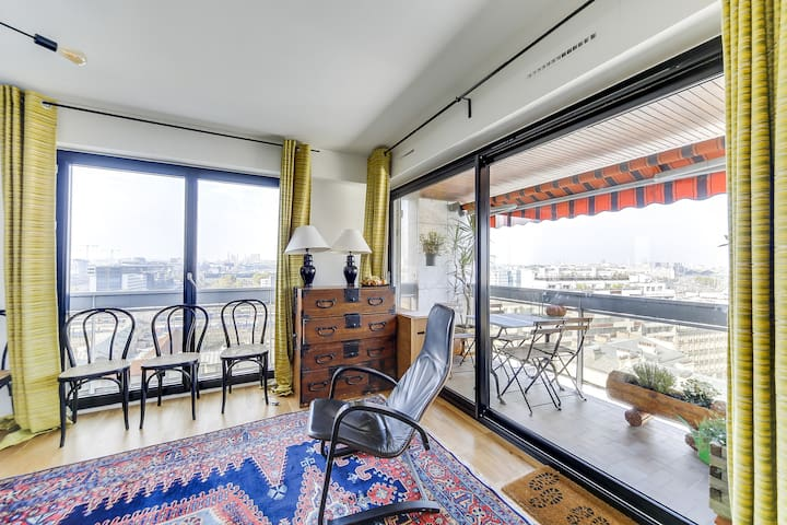 Beautiful flat with terrace and panoramic views