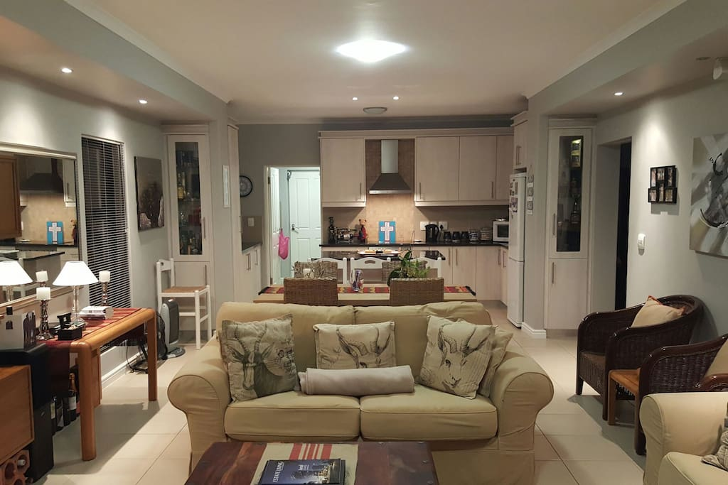 Open plan lounge / dining-room / kitchen