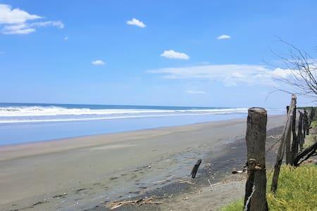 NEW Surf cabin on the Pacific - Casita Surfin
