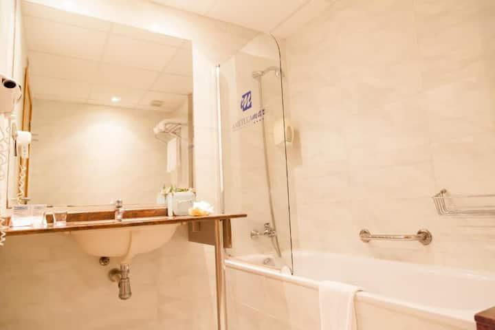 Habitación Standard para 2 adultos en Pensión Completa