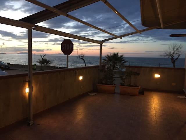 La casa al mare - Spadafora - Apartment