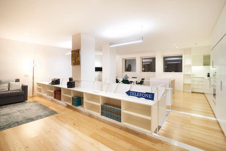 The Lisbon Loft Gallery