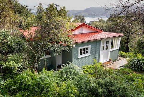 Orchard Cottage, Diamond Harbour