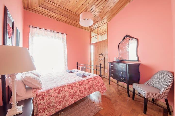 Sunlight House Suite