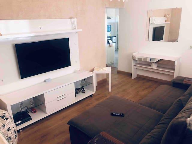 Casa compacta e aconchegante na Serra