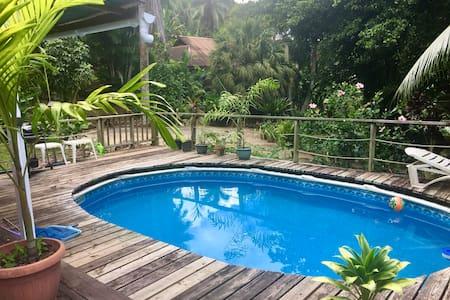 paradise retreat Moorea