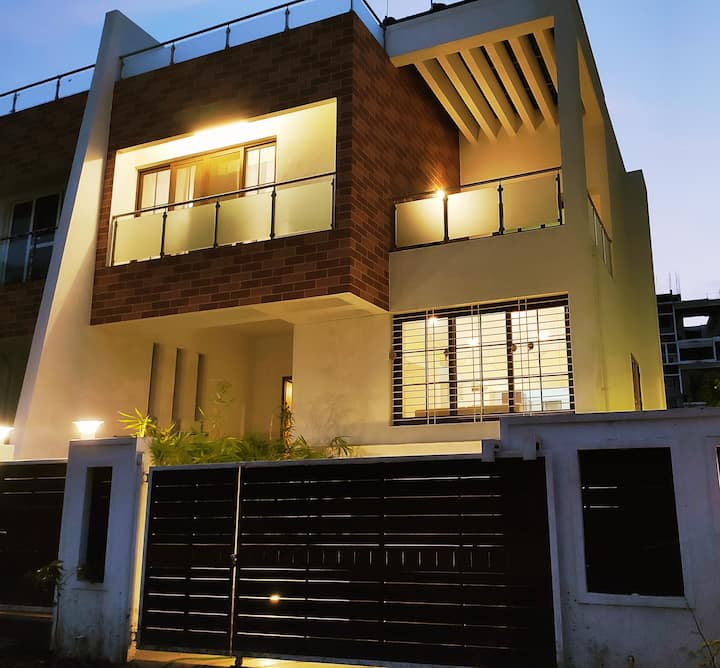 4BHK Spacious House in Baner, Pune