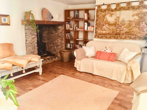 Auchenblae Cottage, Ring of Kerry,  Waterville