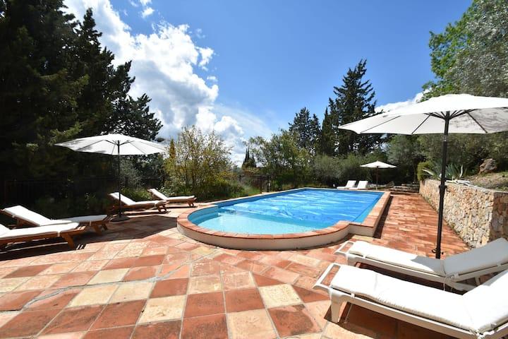 Quiet Farmhouse in Draguignan with Private Swimming Pool