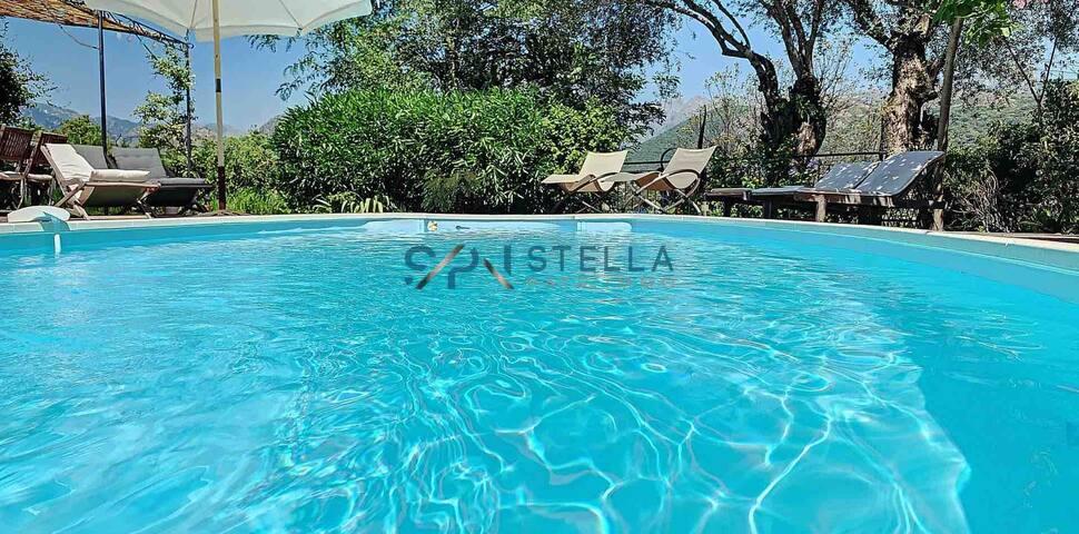 Grande villa  avec piscine à 10 mn de Porticcio