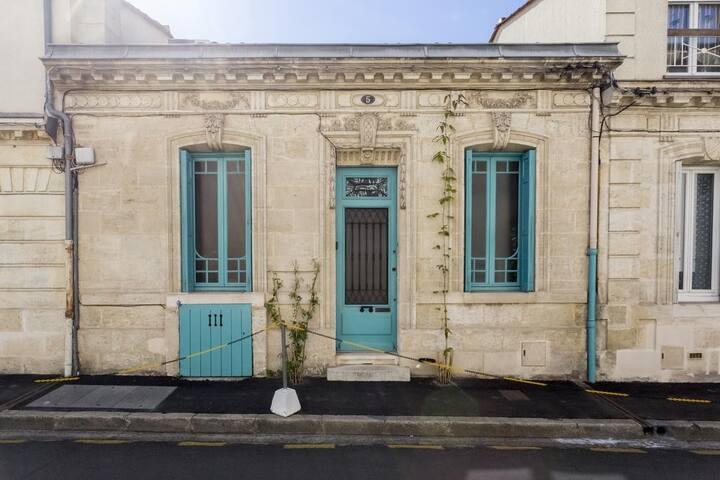 Maison de charme en plein Bordeaux