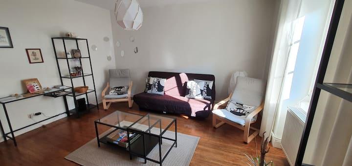 Appartement charmant avec jardin