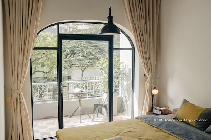 Stay at ♡ of Saigon, 1BR SUITE w Balcony