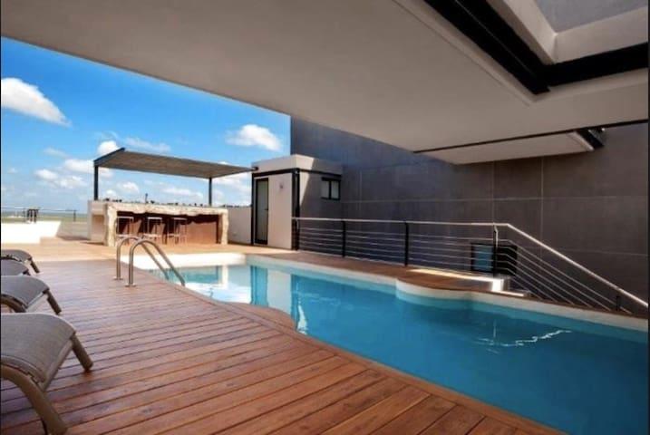 Departamento de lujo con piscina en roof top