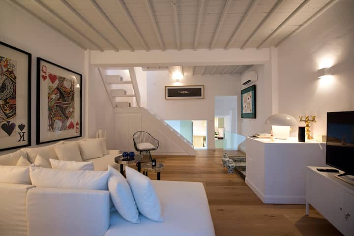 Brand New Loft in the Heart of Mykonos Town.