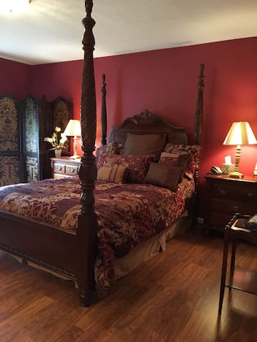 An elegant stay to remember - Jeffersonville - House