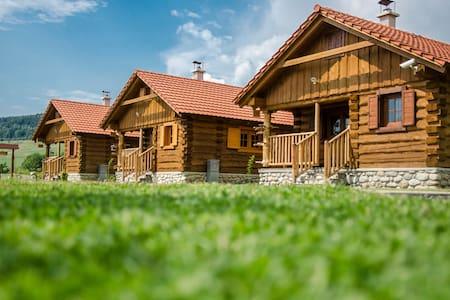 TriMount Cottage - Bobrovec - Chalet