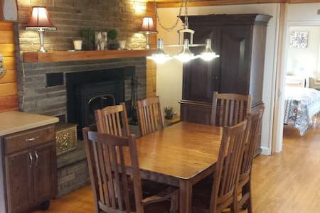 The Perfect Lakeview Retreat - Lakeville - Huis