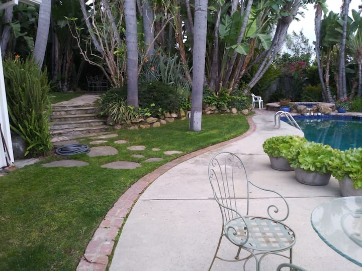 House for rent in west LA next Bel Air Hotel