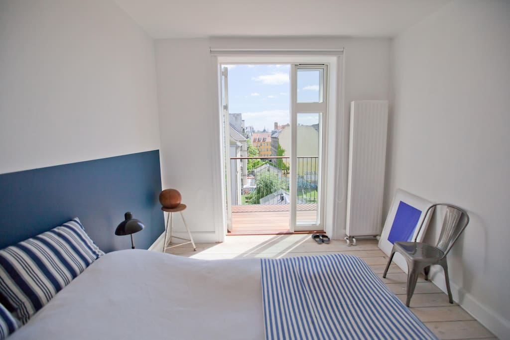 Bedroom with a perfect view over Copenhagen