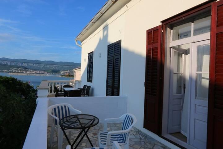 Beautiful KRK mediterranean house. - Šilo - Maison