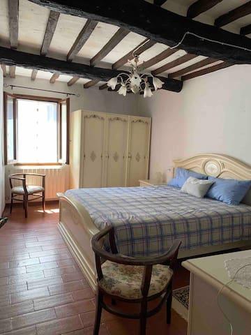 The second romantic bedroom
