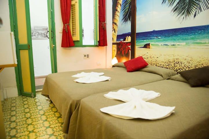 ****Marhabana Apartment-Old Havana-4 Rooms****