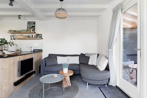 Knus appartement in het centrum van Ouddorp aan zee