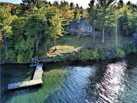 The Point - Lakefront home with spectacular views!