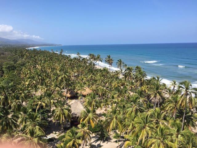 Naturaleza con Playa Pikua Ecolodge - Santa Marta (Distrito Turístico Cultural E Histórico) - Cabana