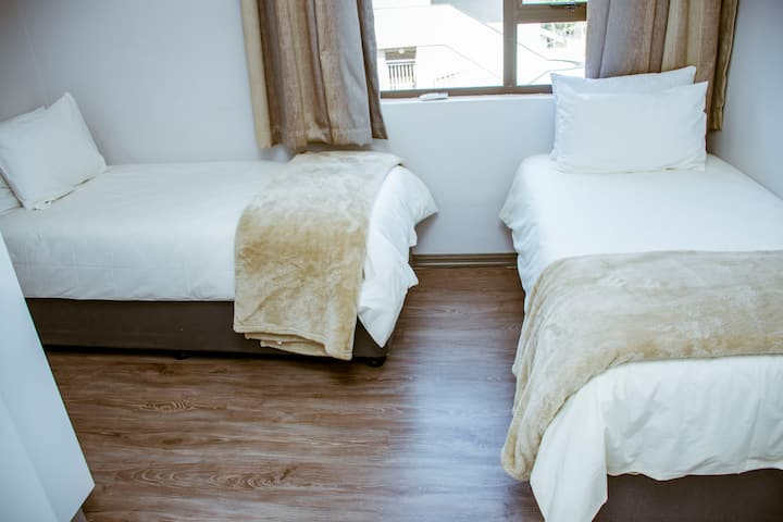 280 Degrees Guest House