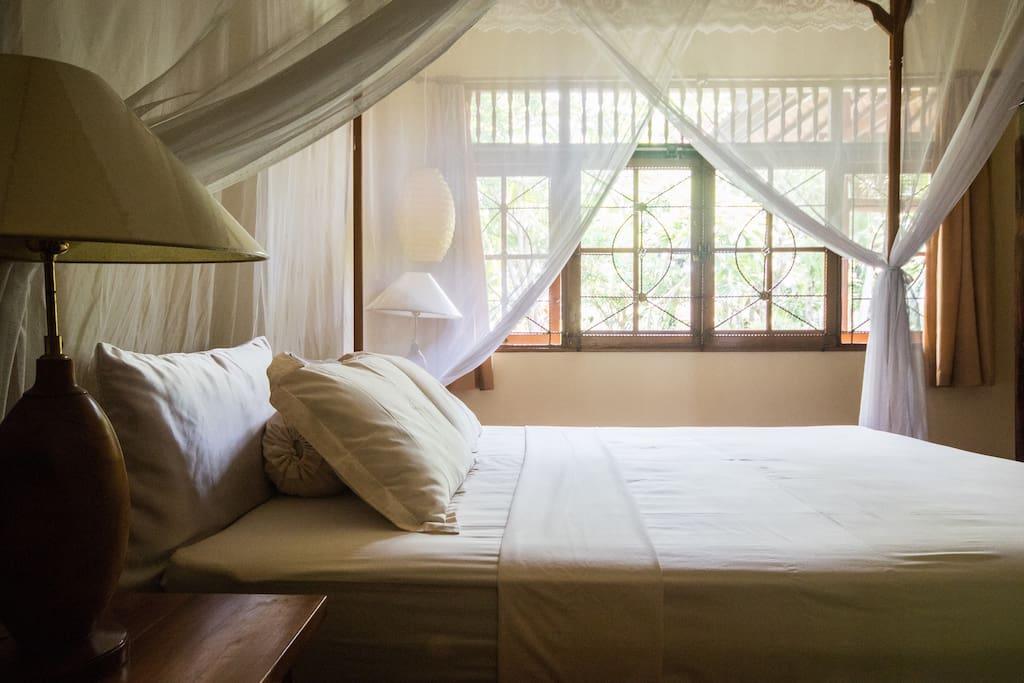 sch nes gartenhaus vera h user zur miete in buleleng. Black Bedroom Furniture Sets. Home Design Ideas