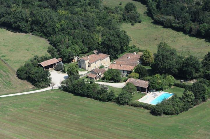 Hameau de la Grenouillère - Saint-Clar - Rumah