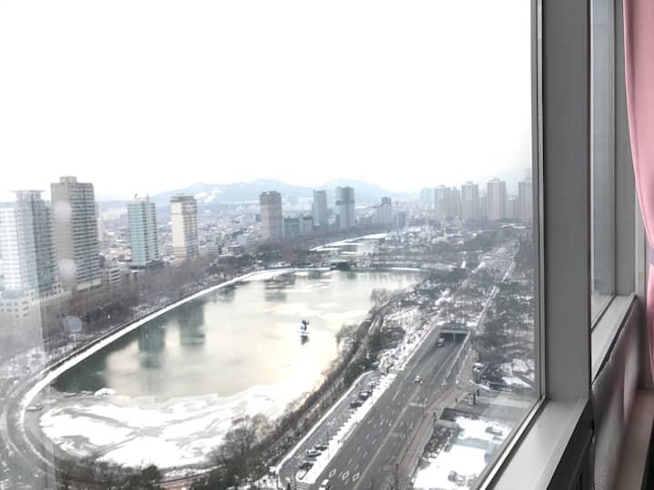 4Jamsil Lotte Tower & World, Lake View,3min subway