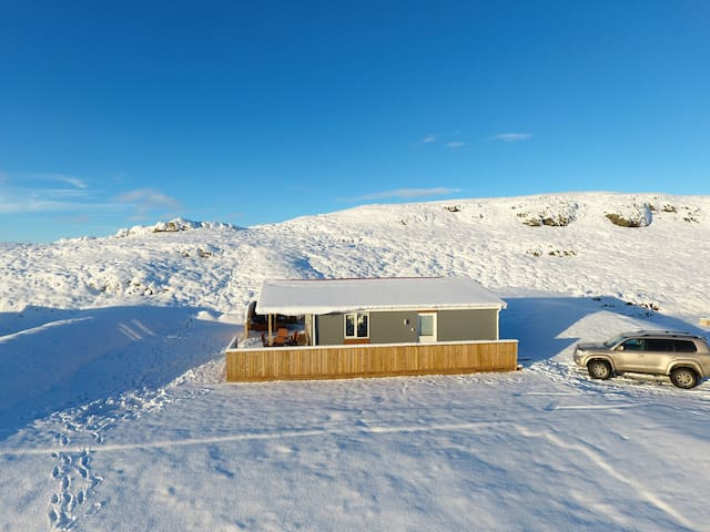 Relaxed cabin close to the Golden Circle - Flúðir