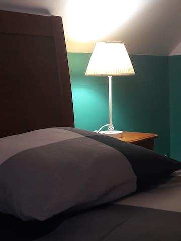Votre chambre - your room