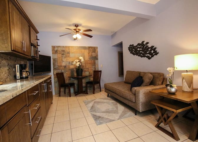 ✶ Unit #3 Private, Well Equip, Pool, Walk to Beach