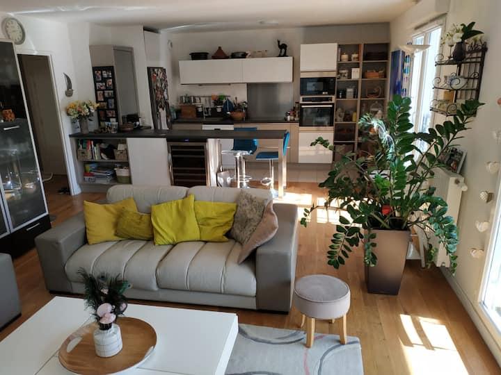 Appartement terrasse proche Paris et Versailles