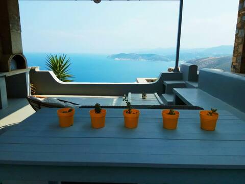 Aegean Blue Luxury Room with pool