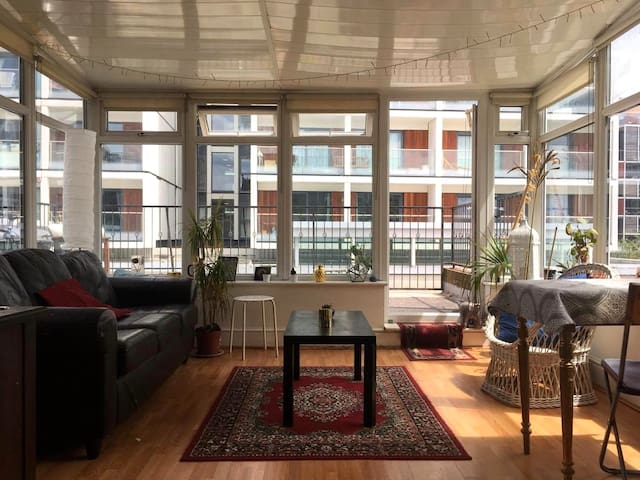 Bright and Spacious Flat in the Heart of Dalston