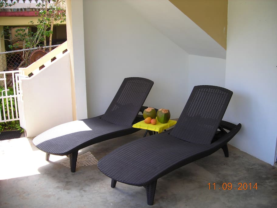 Front Porch w/Chaise Lounge Chairs