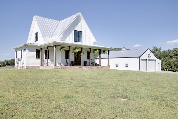 The Farmhouse Retreat