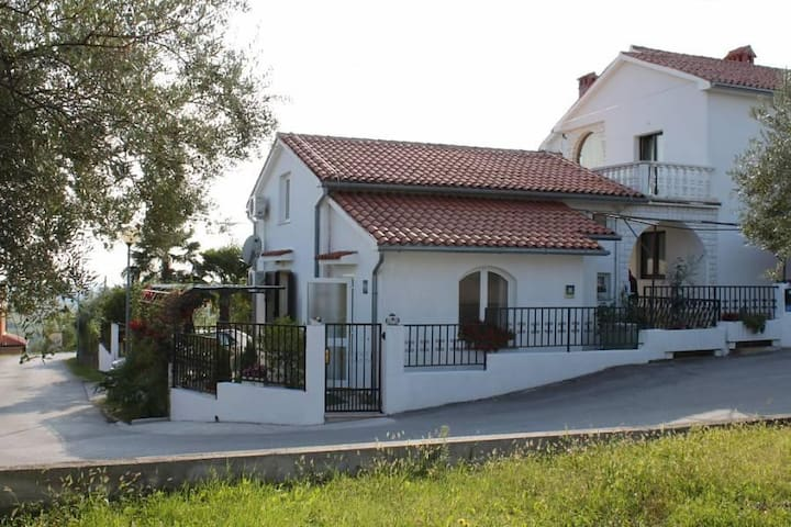 Three bedroom house with terrace Buje, Središnja Istra (K-7123) - Buje