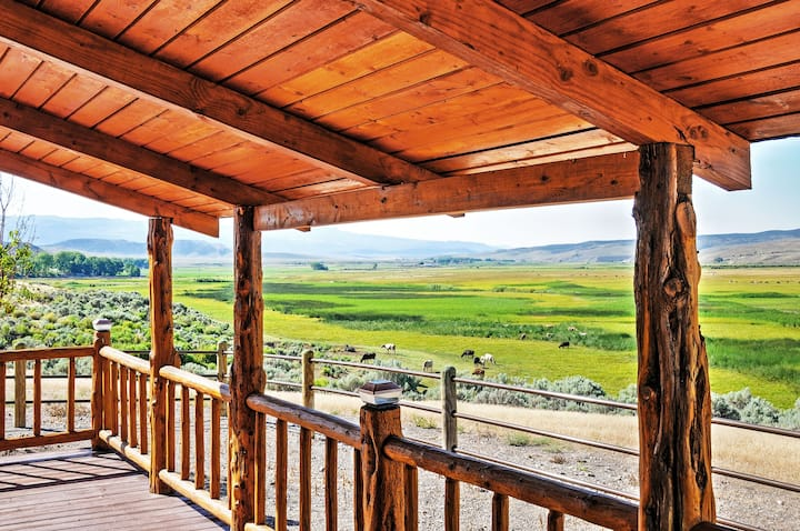 Cozy Antimony Cabin w/Fire Pit & Stunning Views!